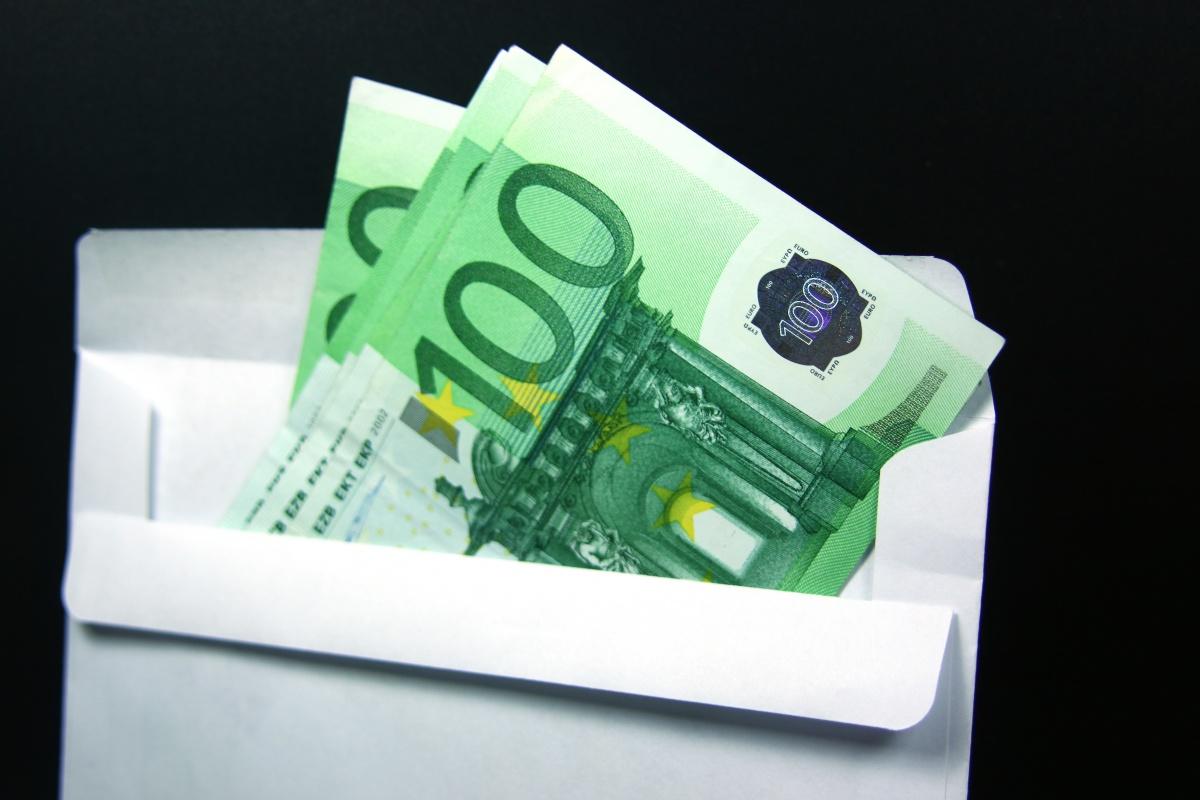 Bribery Act: Top ten tips for SMEs