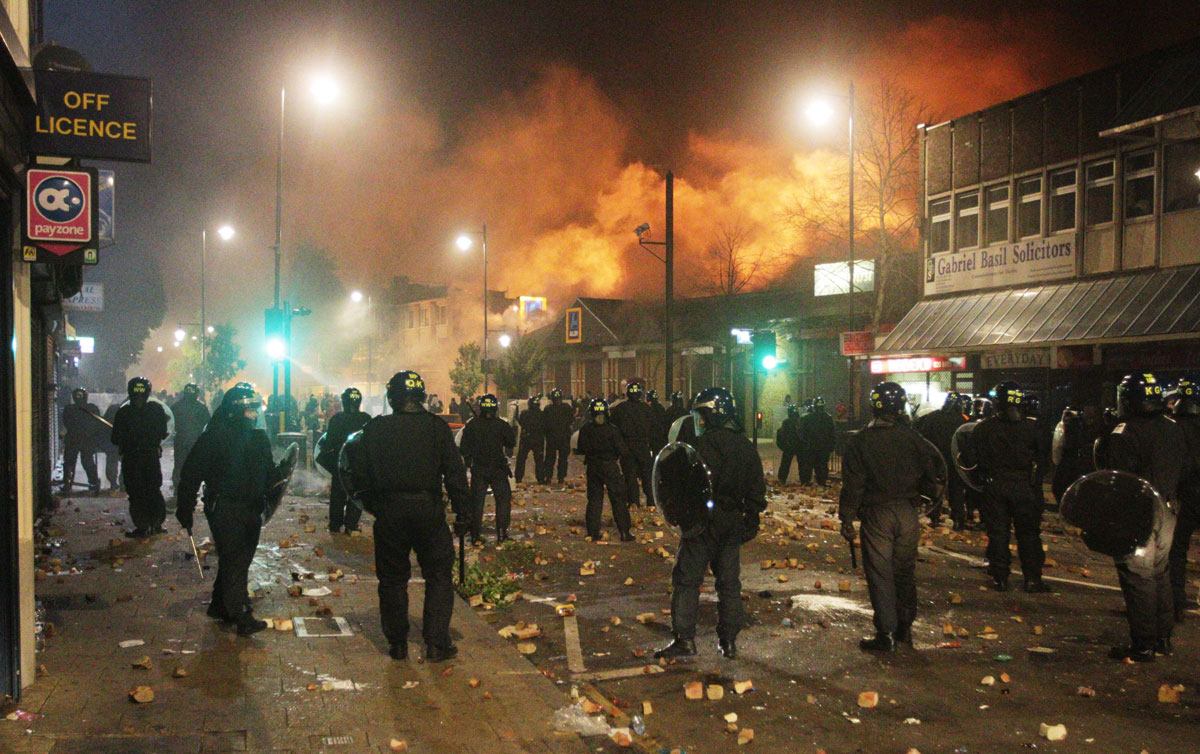 """UK riots: insurance claims """"to top £100m"""""""