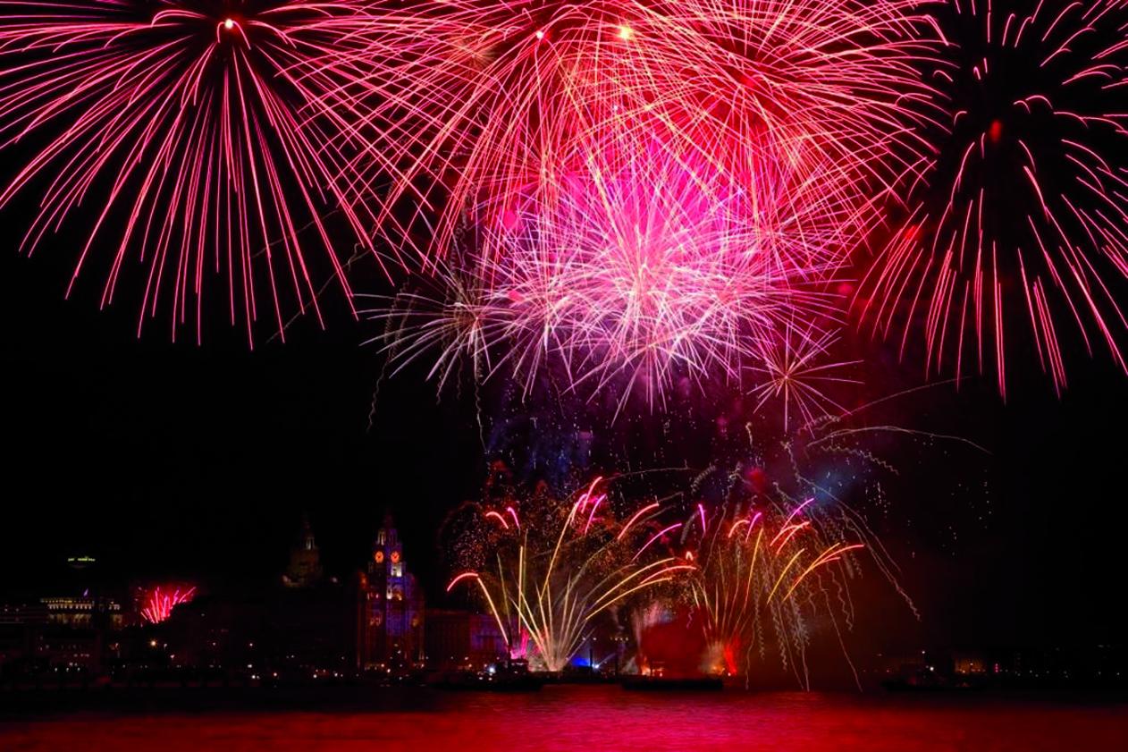 Buy Candy: Fantastic fireworks