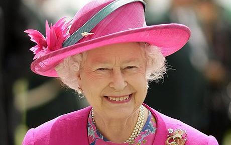 Queen honours outstanding British firms