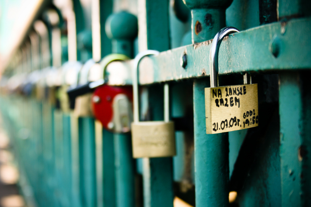 Six tips to handle data securely