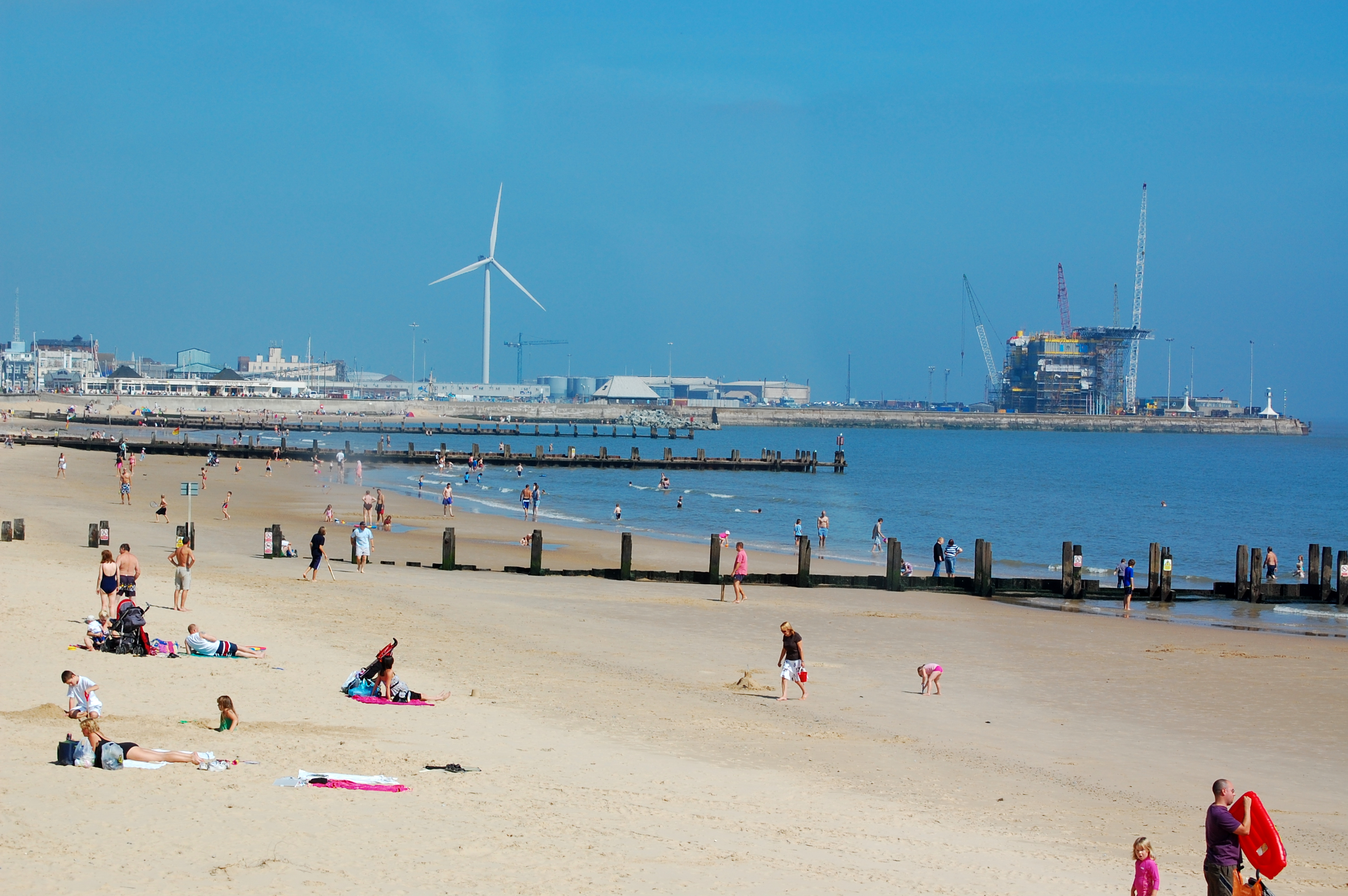 Warm weather boost for small businesses