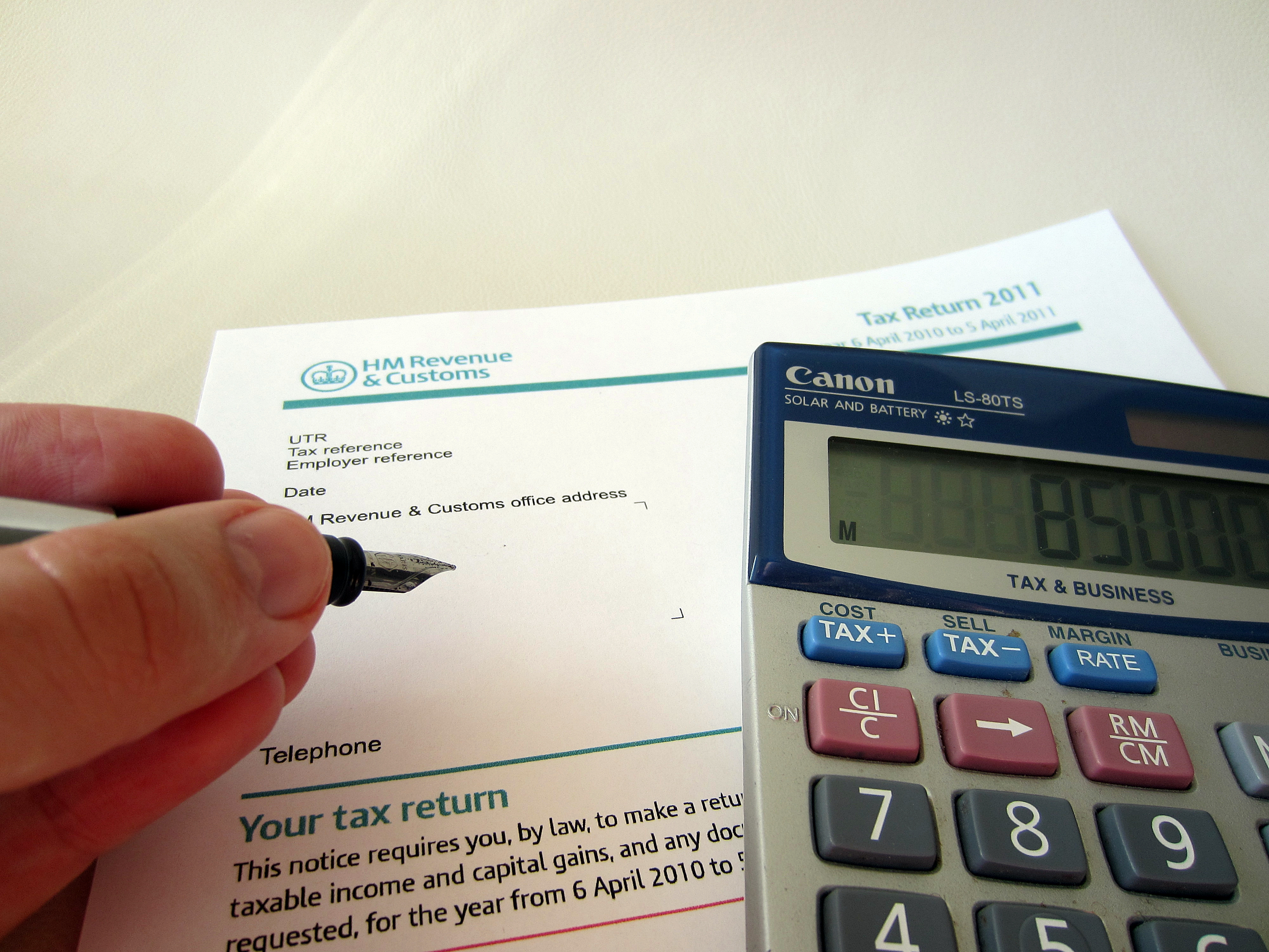 Small firms spend £500m per year on tax admin