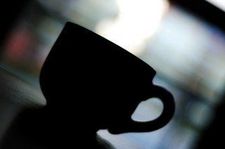 Online fraud hand in hand with caffeine! Hotspots for identity theft