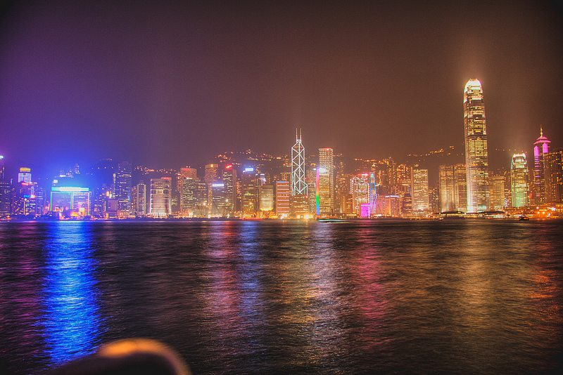 Hong Kong or Singapore? Choosing where to expand in Asia