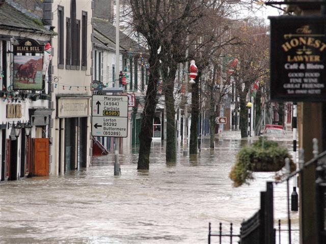 Insurers urged to treat flood-hit businesses fairly