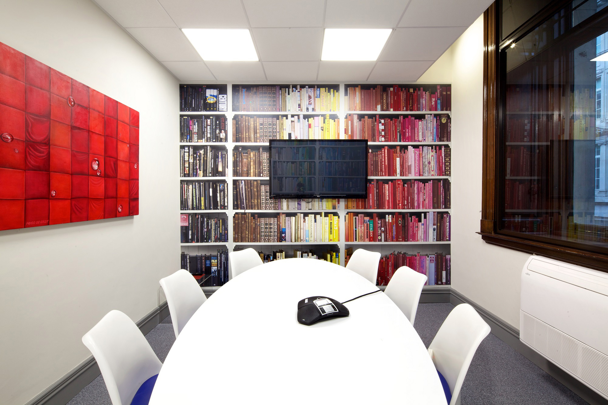 Top tips for managing an office fitout