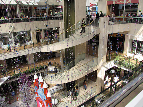 Retail footfall slumps after January boost