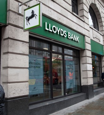 Lloyds pledges to back small and medium businesses