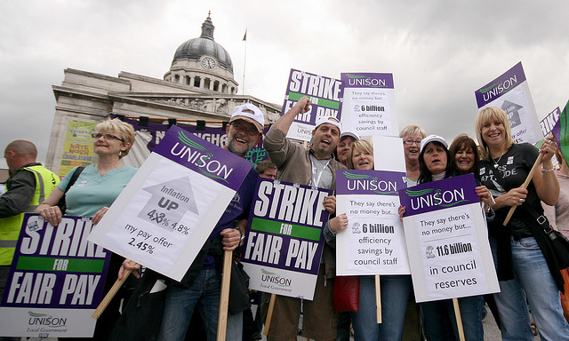 "Union tactics criticised ahead of ""general strike"" of public workers"