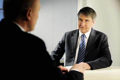 6 types of body language to watch in an interview