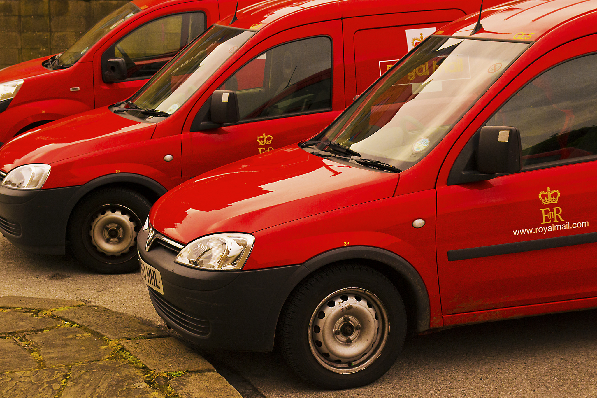 Royal Mail launches click and collect for smaller businesses