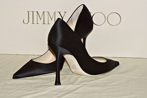 Jimmy Choo to float shares on the London Stock Exchange