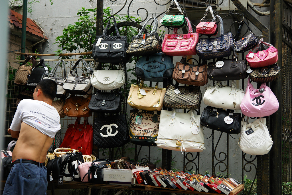 Italy on the offensive against Chinese counterfeits