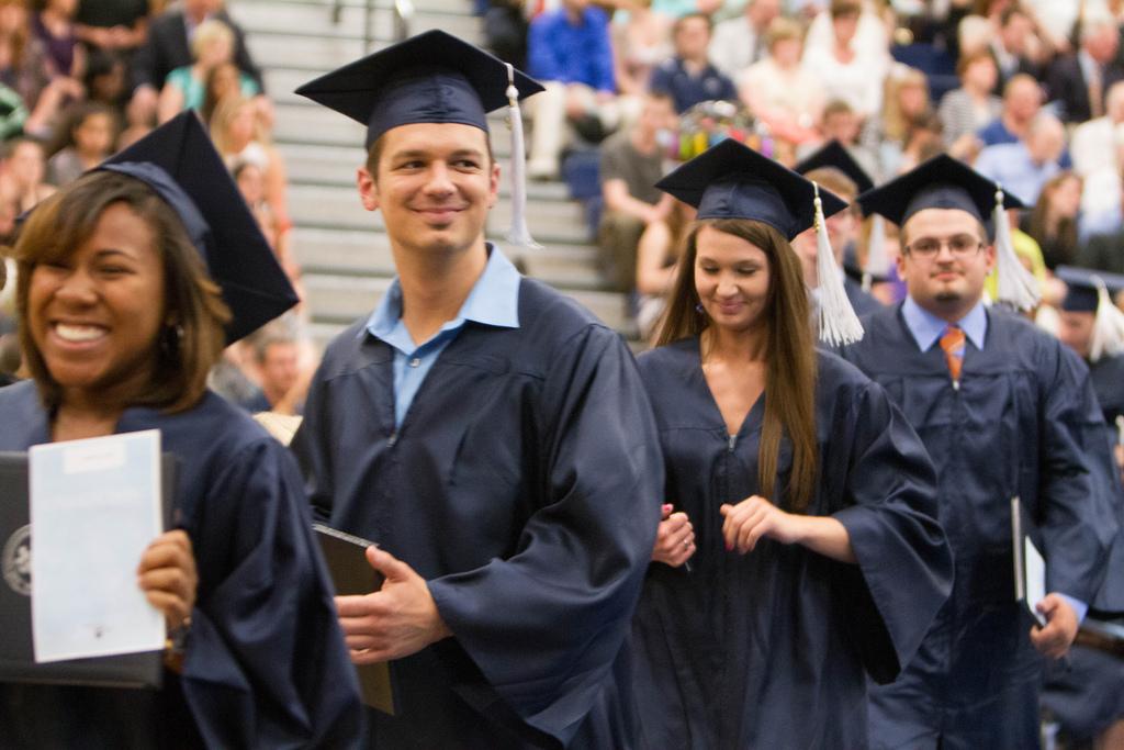 Graduate unemployment falls to pre-recession levels