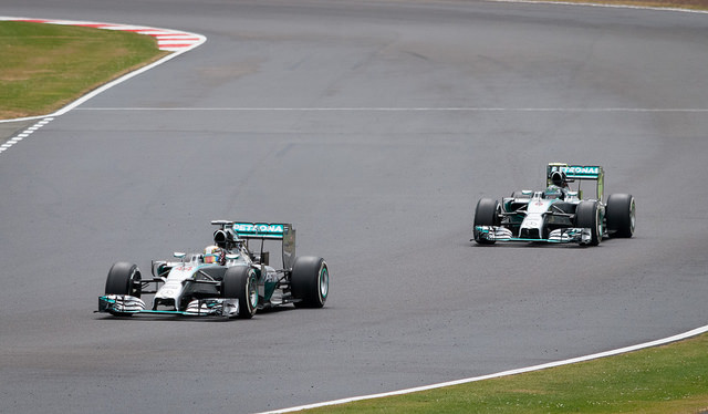 Formula 1: What businesses can learn from Hamilton/Rosberg clash