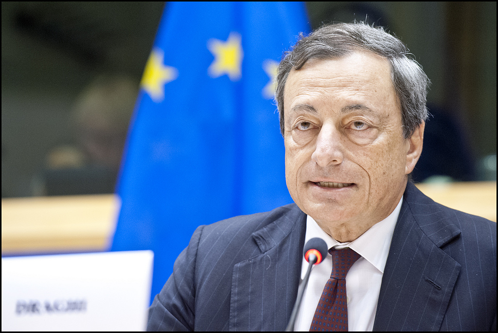 Draghi talks of 'loose monetary policy' for Eurozone