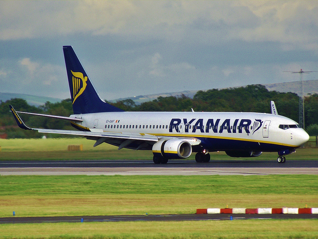 Will Ryanair cast a shadow over Easyjet?s strong performance?