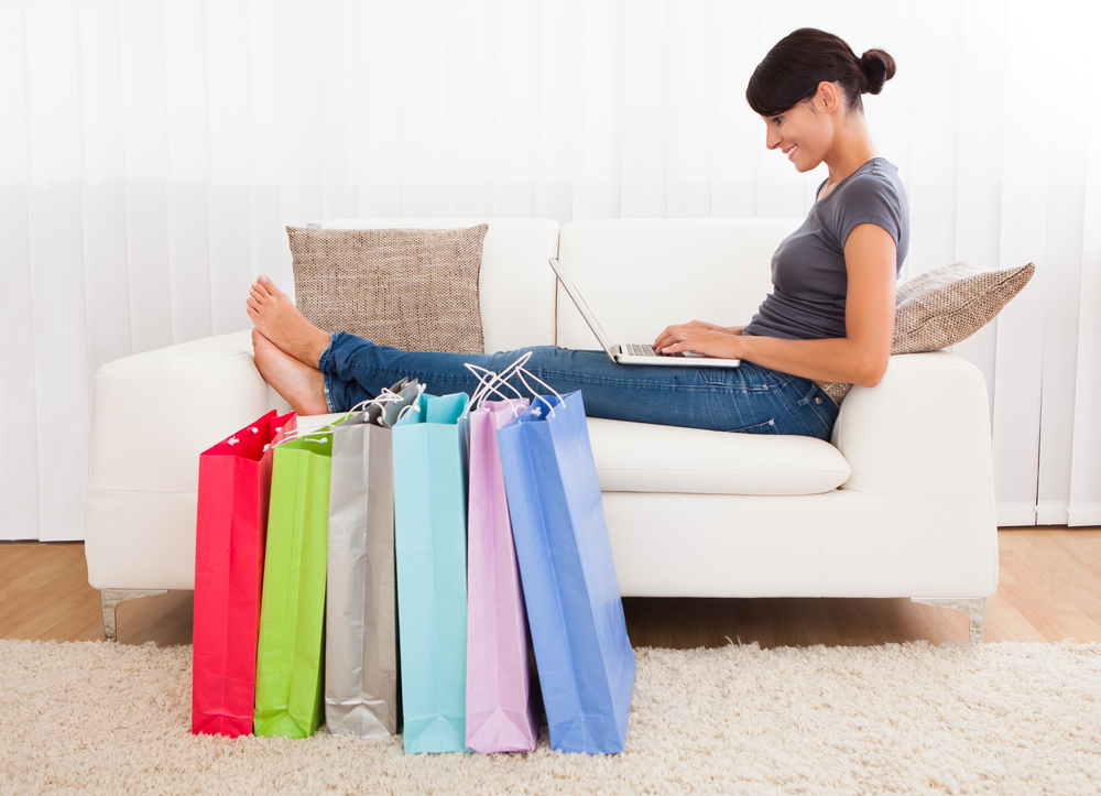 UK online shoppers to spend average of ?1,174 each in 2015