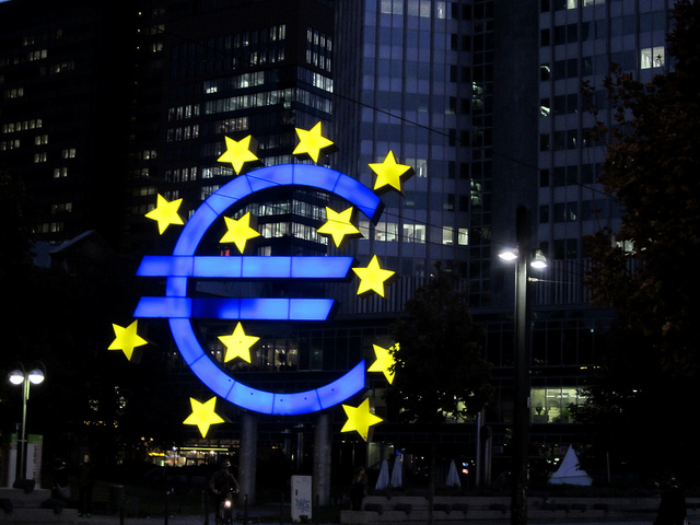 Eurozone slips into deflation as Greece pressures ECB