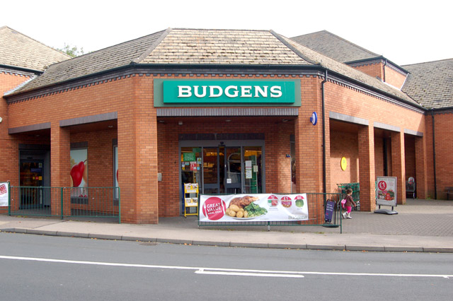 """Booker acquisition of Londis and Budgens to """"help independent retails prosper"""""""
