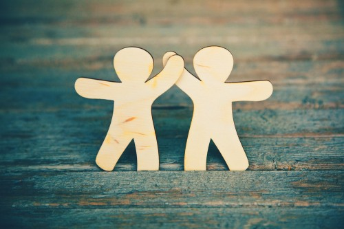 Looking to increase sales? Here's three ways forming a partnership will help