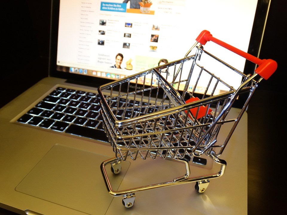 Profits of UK retail SMEs damaged by online shoppers abusing free returns