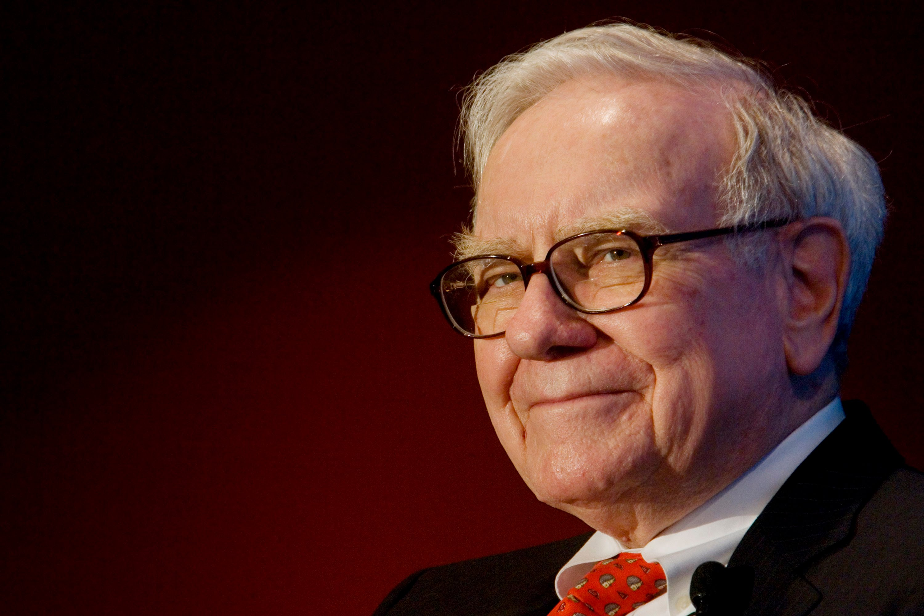 Warren Buffett: More money made by Wall Street through sales abilities than investment skills