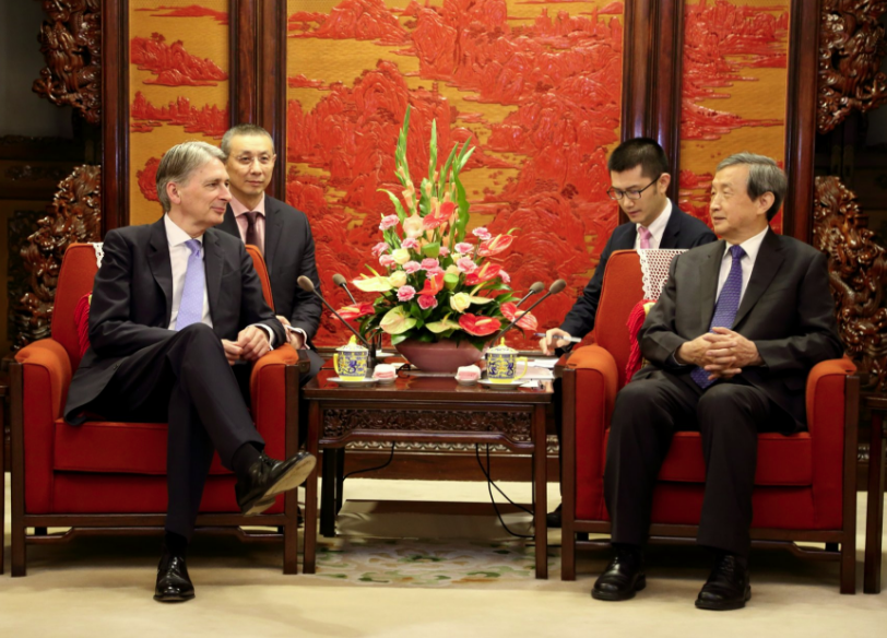 Philip Hammond visits China to promote Britain as attractive for international investment