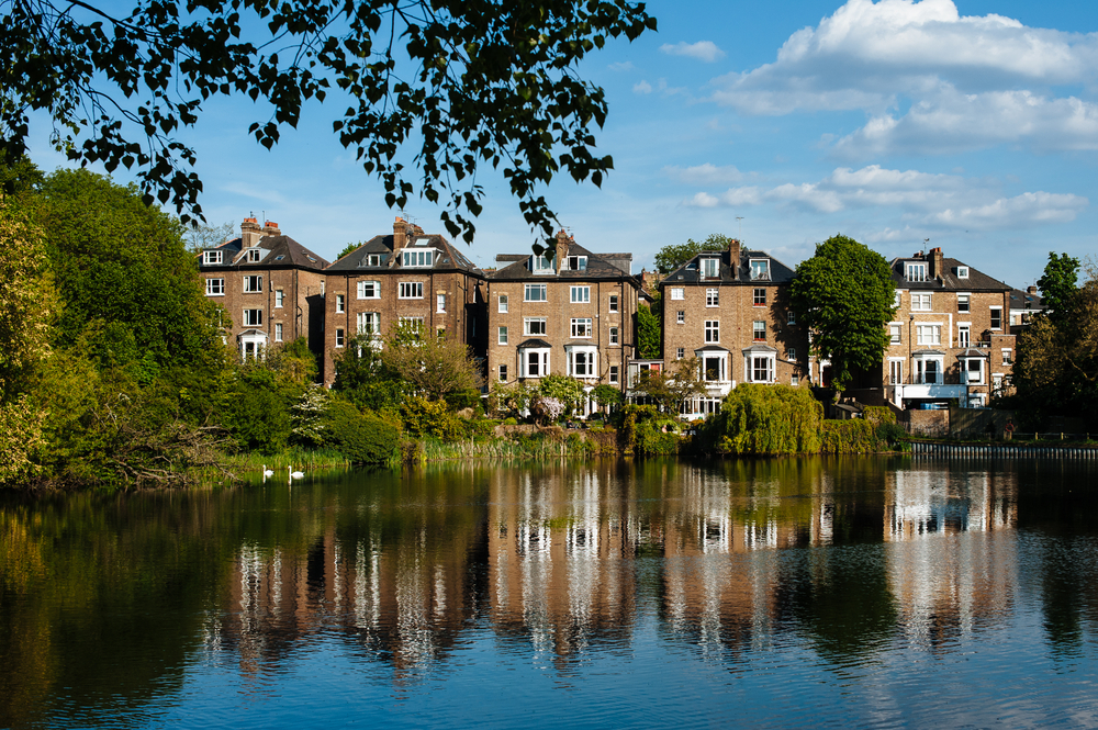 London's hottest residential areas for wealthy banking professionals