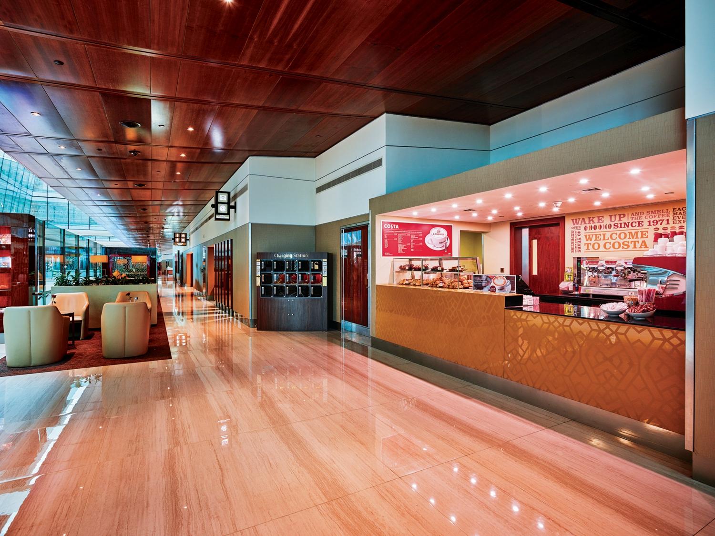 Emirates Business Class lounge Costa