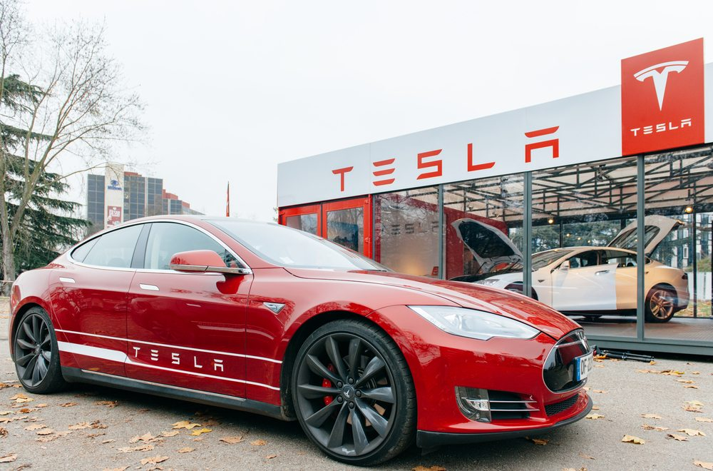 Tesla boss Elon Musk demonstrates how to be a good leader in the face of rule-breaking