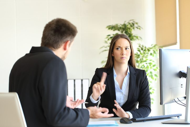How to deal with a bad interviewee