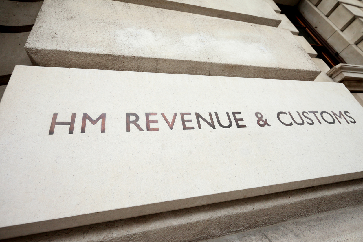 HMRC tackles online VAT fraud to level playing field for retailers