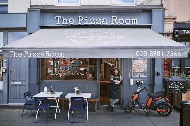 The Pizza Room outside