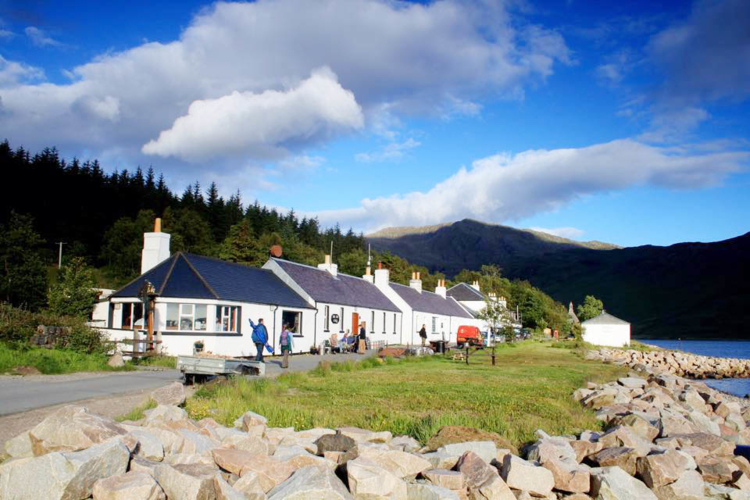 COVID-19: Over 23k Scottish hospitality jobs at risk over social distancing controversy
