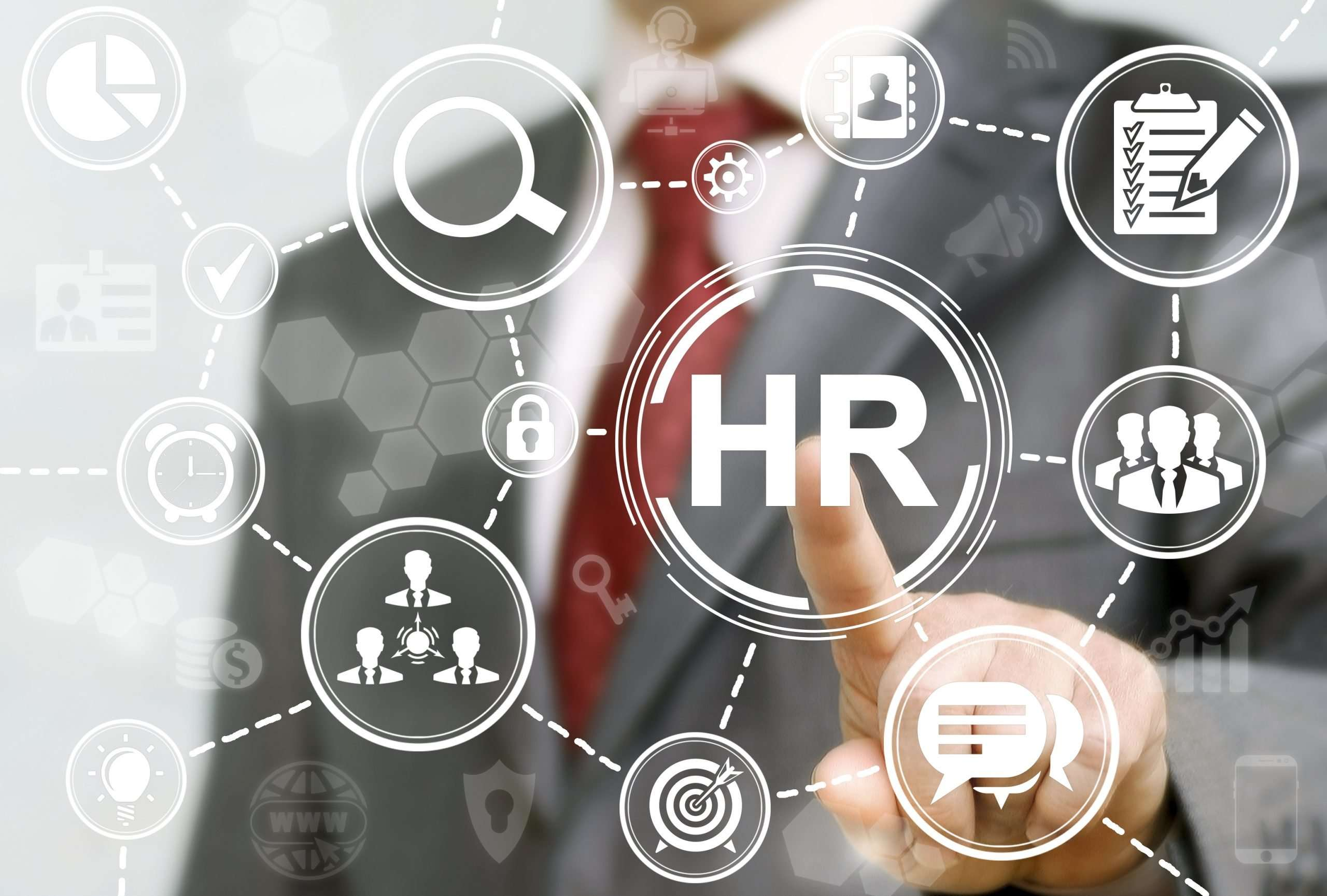 What are the roles and responsibilities of a HR executive