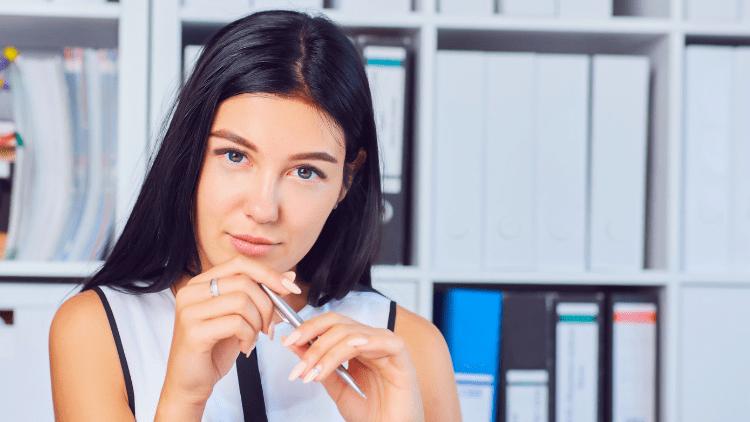 unhelpful HR employee