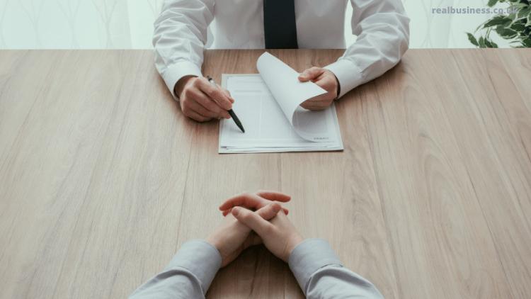 Khi nào nên thực hiện một cuộc phỏng vấn trở lại làm việc