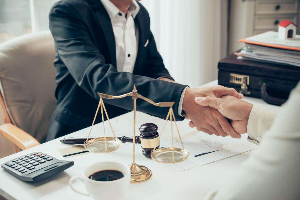 Corporate law firms London